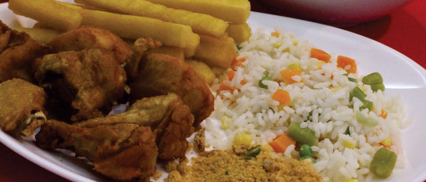 Galeto com  arroz a grega e fritas